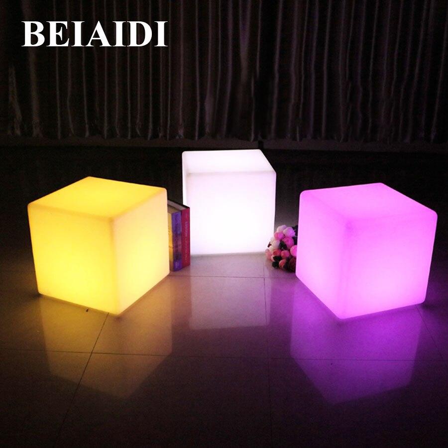 BEIAIDI 30 CM chaise de Cube LED extérieur Bar Table lumière 16 couleur fête de mariage Cube tabouret lampe LED lumineux meubles Cube lumière