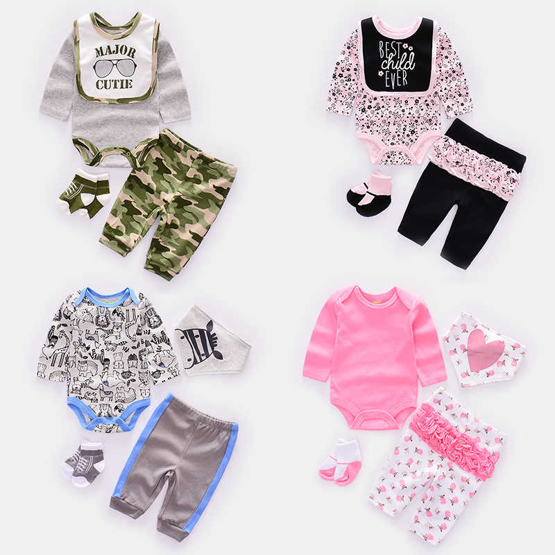 4pcs/set Cute baby Clothing Sets infant boy clothes Newborn girl suit Toddler babie long sleeve Rompers +trousers+socks+Bib/cap
