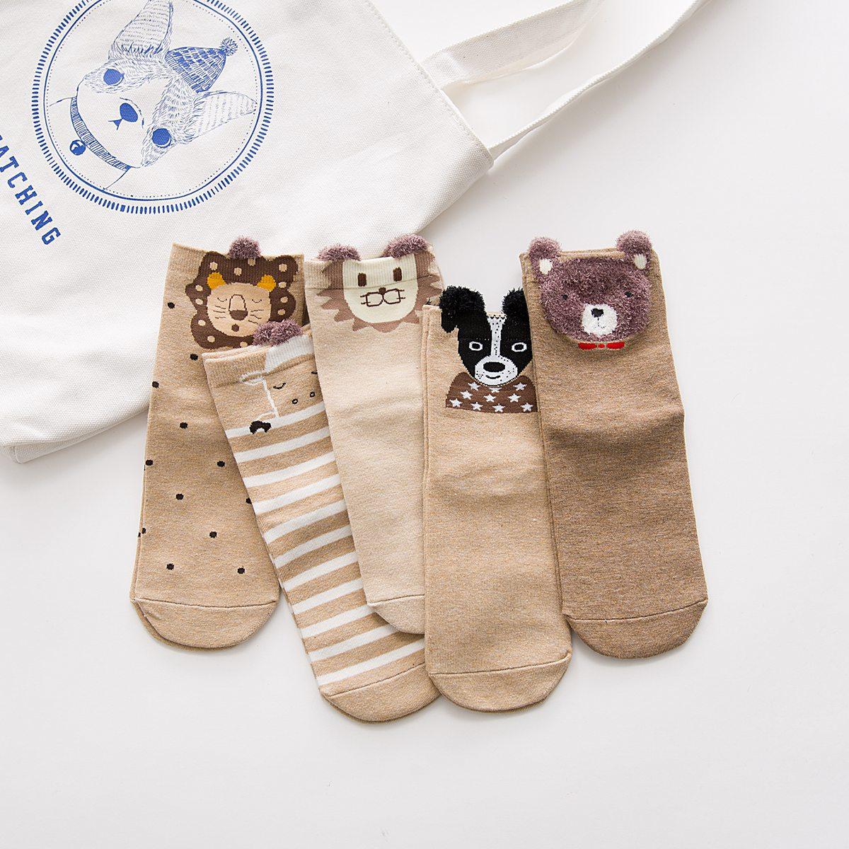 Japonês meias femininas no tubo novo outono e inverno meias desenhos animados das senhoras de pelúcia marca lojas de fábrica por atacado