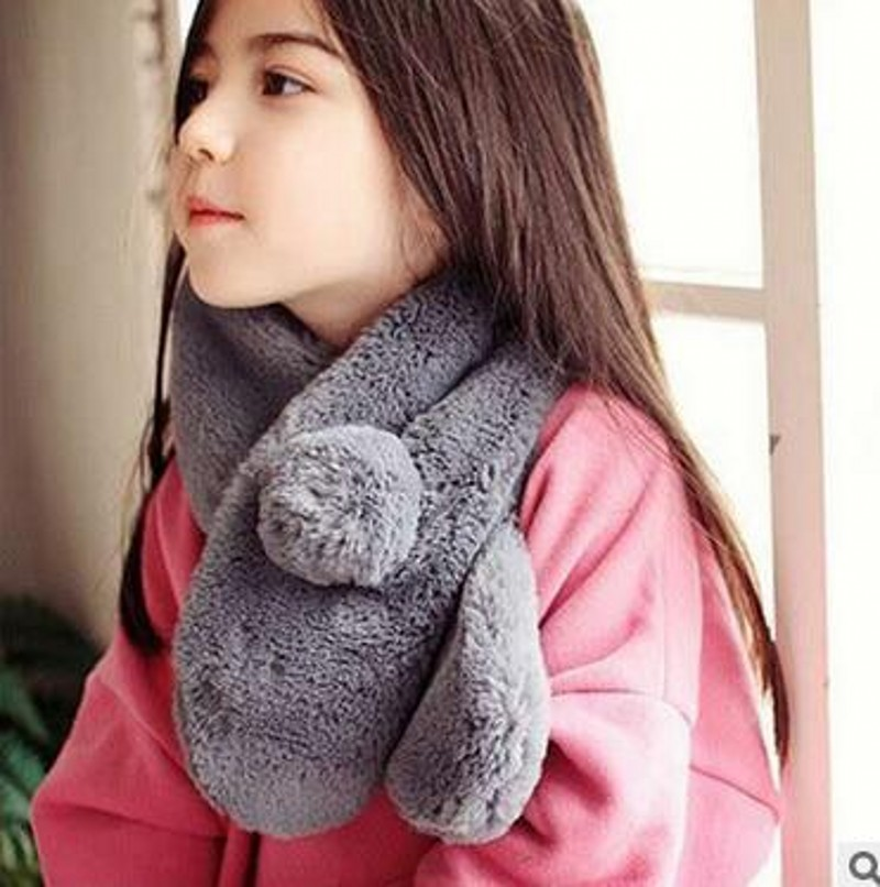 Yi wu Factory Price New Fashion Solid Plush Winter Thicken Children Girls Cross Scarves Kids Pashmina  Accessories 1-10 Years