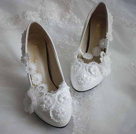 Plus size wedding shoes for women handmade lace flowers ivory brides wedding shoes plus size 35-42 large sizes white shoes