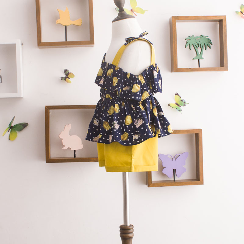 Girl retro floral 2 clothes sets 2021 summer new fashion polka dot Sleeveless Shirts waist belt tie shorts clothing suits 3
