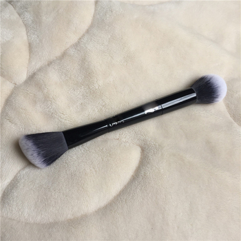 K-Series Shade Light Face Contour Brush - Soft Synthetic Powder Highlighter / Blush Contour Brush - Beauty makeup blender Tool 1