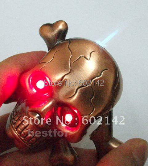 Free shipping! Horror SKULL LIGHTER LIGHTS with LED & Sound Smoking lighter Cool lighter