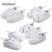 Купить с кэшбэком Baby Crib Shoes for Boys  Soft Sole PU Leather Moccasins Girl Sneakers Little Kid Newborn footwear Tenis Infantil Toddler Tennis
