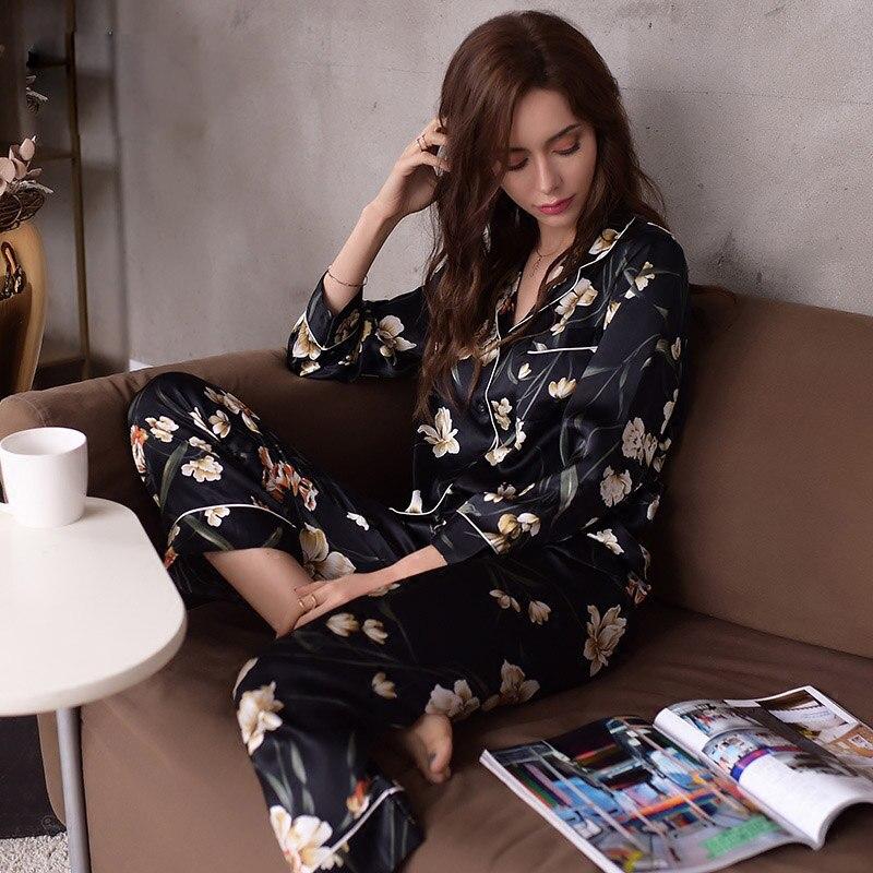 Réel Soie Pyjamas Femme de Haute Qualité Noir de Nuit Des Femmes Pur SOIE De Mode Imprimé À Manches Longues Pyjama Pantalon Deux-pièce Ensembles