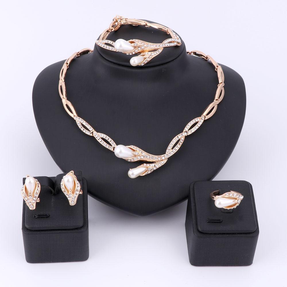 Biserne perle Kristalni set nakita za žene Fini dodaci Vjenčanje mladenka Ogrlica Narukvica Naušnice Prsten set Nakit