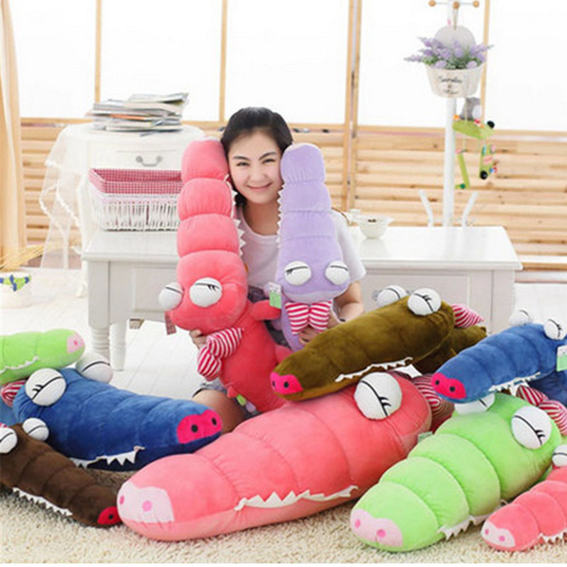 Fancytrader New Pop Anime Crocodile Plush Toy Giant Cute Stuffed Animals Crocodile Doll 130cm 6 Colors Available fancytrader 79 lovely super soft giant stuffed jumbo dolphin plush toy 200cm 2 colors 2 sizes free shipping ft50142