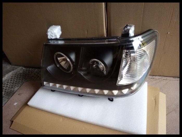 Qirun headlight assembly with Angel Eye for Toyota Land Cruiser 4700 UZJ100 FZJ100
