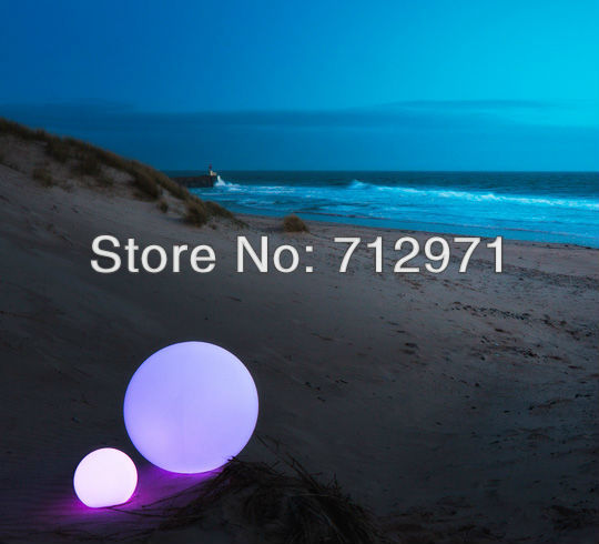 IP68 Floating waterproof LED Ball for swimming pool/LED floating ball for garden environmentally friendly pvc inflatable shell water floating row of a variety of swimming pearl shell swimming ring