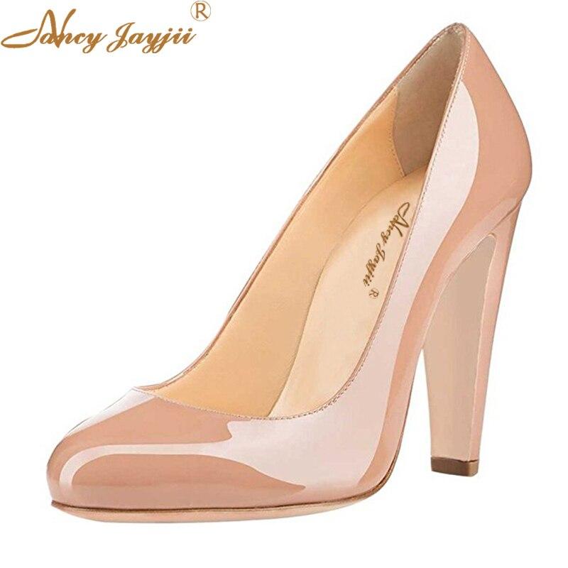 2d03c93668 Clássico Retro Nudez Couro Envernizado Sapatos Outono Das Mulheres de Alta  Espessura calcanhar Bombas Senhoras Sapatos Casuais Dedo Do Pé Redondo Vestido  de ...