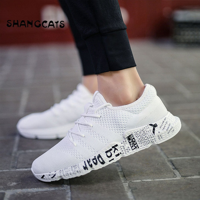 4aa5ac3a525a Marque été Graffiti hommes baskets respirant chaussures de marche en plein  air hommes chaussures de Jogging