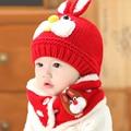2 unid/set guantes bufanda del sombrero del bebé de invierno cap conejo calentador del cuello de punto de la gorrita tejida del capo sombreros calientes de los niños fotografía props