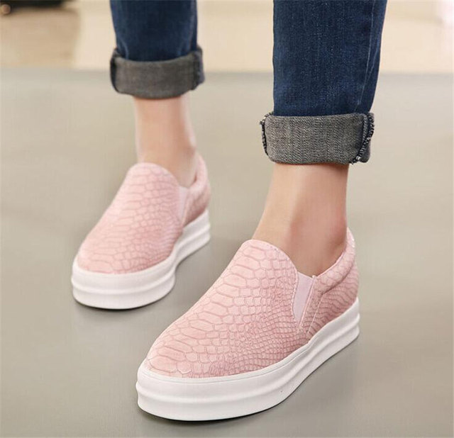 0d62de905351 2016 New women flats Women Slip On Snake skin Flats Casual Loafers Platform Round  Toe Moccasins Shoes