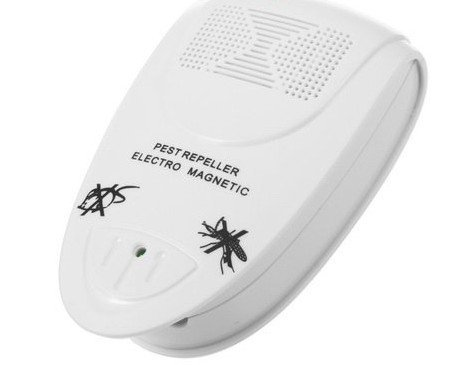 White Electronic Pest Repeller for lustrating Mouse Bug Mosquito Insect