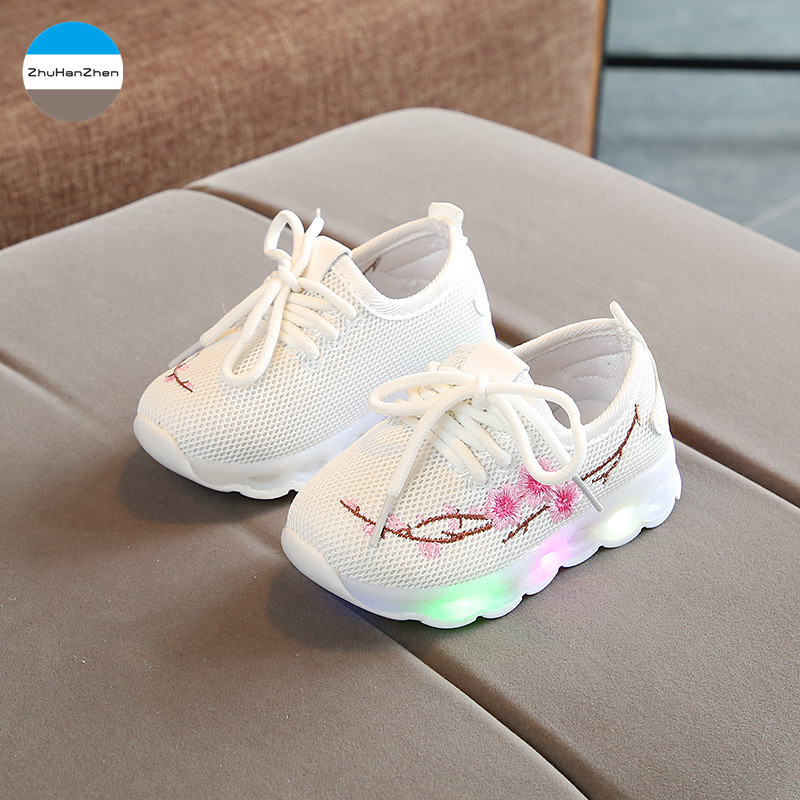 Baby Shoes Mother & Kids 2019 1 To 5 Years Old Led Lights Baby Girls Glowing Flowers Sport Shoes Soft Bottom Casual Shoes Top Quality Children Sneakers Pleasant In After-Taste