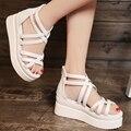 Os alunos no verão de 2017 sandálias da plataforma das mulheres plana plana com sapatos fundo grosso Bohemia contratada confortável branco