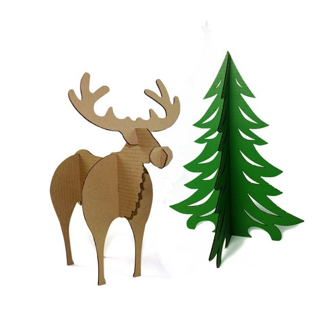 3D Tree and Reindeer Paper Model