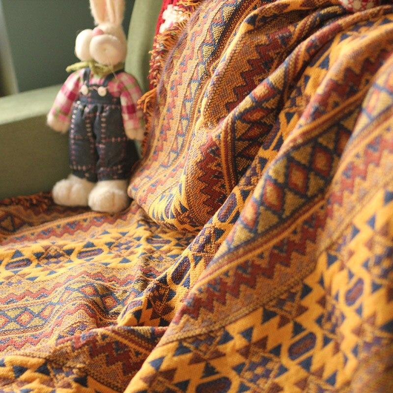 Gematigd Diy Craft Collectie Tafelkleed Cappa Sjaal Mantel Tapijt Hand Verslaafd Mode Gehaakte Deken Kussen Vilt Indische Stijl Tapijt Gift Het Hele Systeem Versterken En Versterken