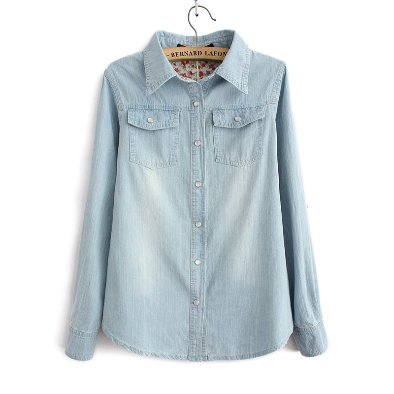 Women fashion light blue denim shirt with two pockets for Blue denim shirt for womens