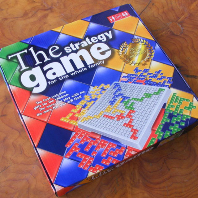 Blokus Gladiatus Estrategia Juego De Mesa Rompecabezas Tetris Blokus