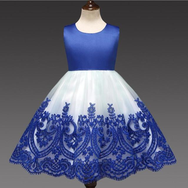 Autumn New Girls Dress Embroidery Dress Back Flower Grl Hollow-out Bowknot Dress Europe and United States Baby Dress Birthday