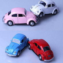 Hot sale car model pink alloy beetle toy retro 1:32 cast Metal gift for children 6 colors Free shipping