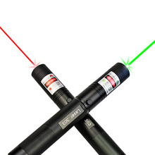 Wholesale prices Focus Adjustable Fire Match Military 532nm 303 Green Laser Pointer Lazer Pen Burning Beam +18650 Battery Burning Match+Charger