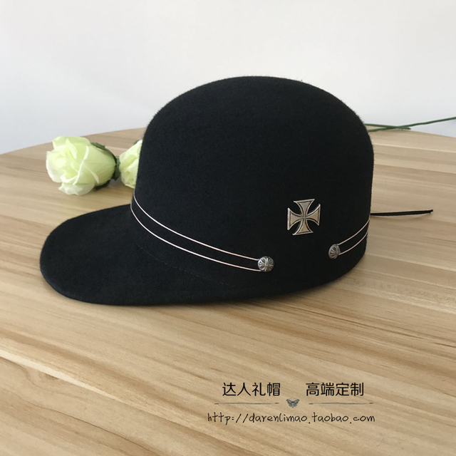 The new personality equestrian cap Crow heart decoration The wide-brim baseball cap bonnet