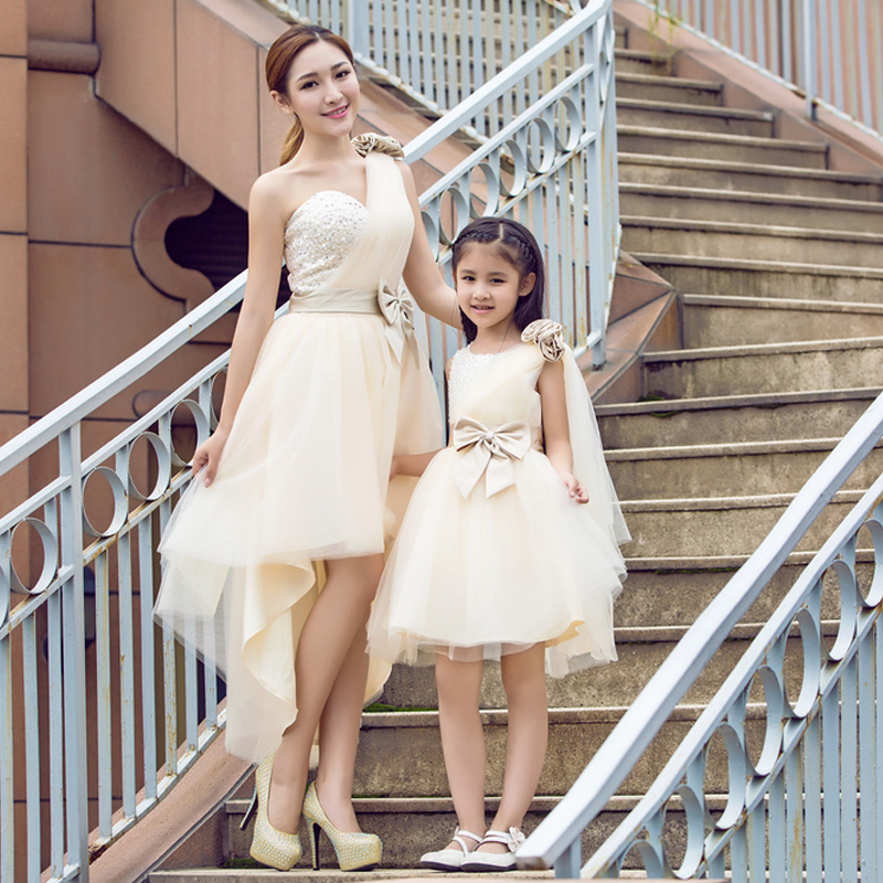 Girls Lace Flower Princess Dress Mama and Baby Mother Daughter Wedding Dress Birthday Princess Costumes Family Matching Outfits