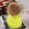 Mais Engrossar Chapéus das Mulheres com 18 cm Real Raccoon Fur Pompom 50% Cashemere 30% Acrílico Inverno Malha das Mulheres chapéus