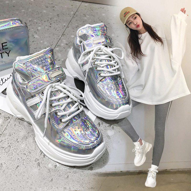 Station européenne printemps 2019 sagesse fumé Super chaud petites chaussures blanches Hong Kong style loisirs chaussures de sport femmes