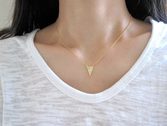 4db8aee331 Nº1PCS Fashion Bunting Necklace Simple Spike Arrow Necklace European ...