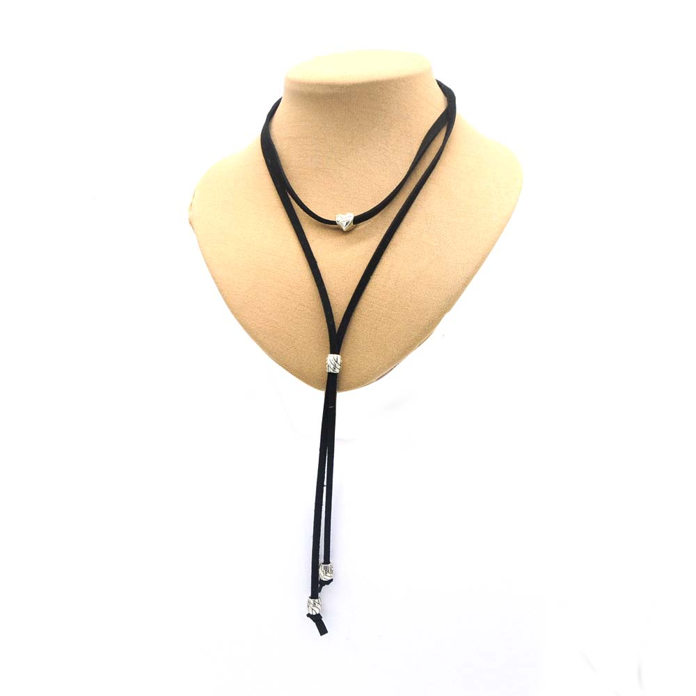 Western Suede Bolo Tie Heart Shape Collar Leather Rope Unisex Vintage Pattern Collar Cowgirl  Wedding Accessories