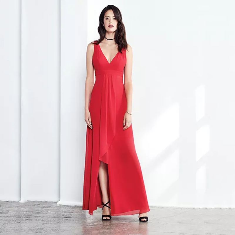 Eightree V Neck Aline Red Evening Dresses 2019 Slit Sleeveless Floor Length Prom Dress Chiffon Elegant Wedding Party Dress Bride in Evening Dresses from Weddings Events