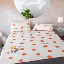 2019 Ice Silk Seat Three-Piece Set 180X200cm Summer Cool Bed Supplies Set-Mat Mattress Topper Pad With 2 Pillow Covers