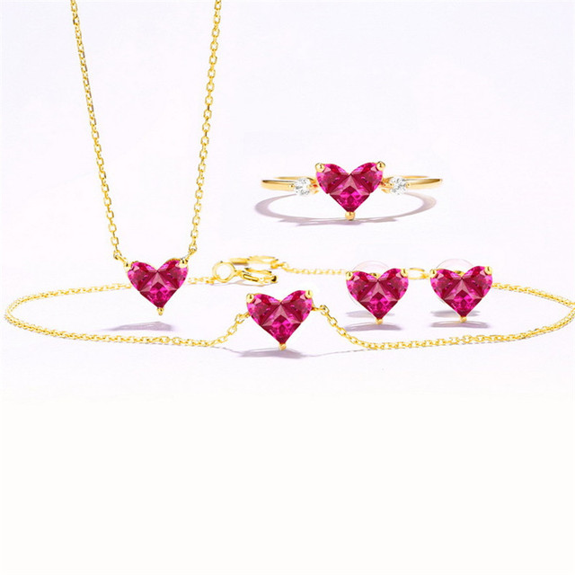 14K Gold Heart-shaped Necklace Simple Small Fresh Sweet Versatile 3mm Moissanite Diamond with Chian Necklace for Women 5