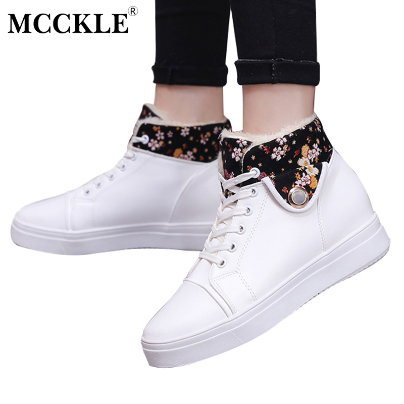 MCCKLE Woman Winter Warm Plush Snow Boots Female Lace Up Leather Fashion Flower Pattern Ankle Martin Boots Ladies Casual Shoes fashion genuine leather hollow lace style winter martin boots women warm snow shoes ankle woman bottine ladies platform femme