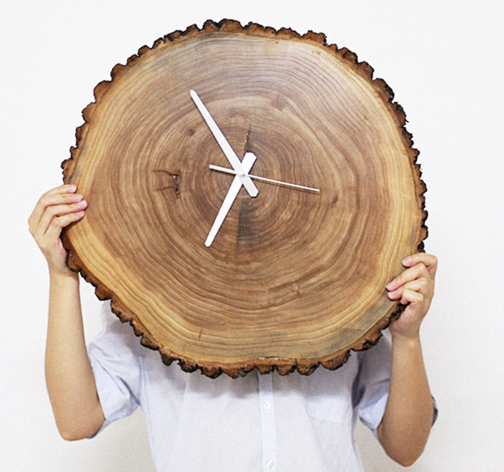 ntural wood wall clock free shipping worldwide. Black Bedroom Furniture Sets. Home Design Ideas