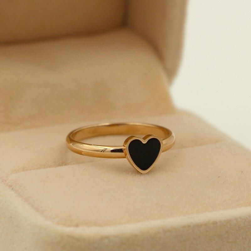 elegant heart black silicone love ring fashion wedding. Black Bedroom Furniture Sets. Home Design Ideas