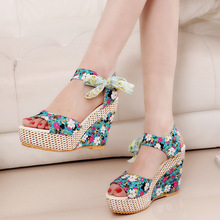 Women Summer Sandals New Style Bohemian Platform Fish Toe Wedge High Heels Flowers Type All Match A60