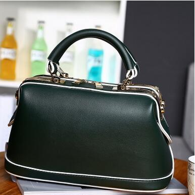 New Famous Brand Women Luxury Leather Fashion Handbag Retro Doctor Bag Shell Bag