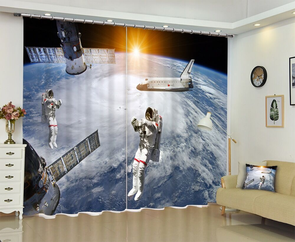 High Quality Shade Fabric Photo of Astronaut Travels In Space Anti-UV 3D Curtains for Bedroom