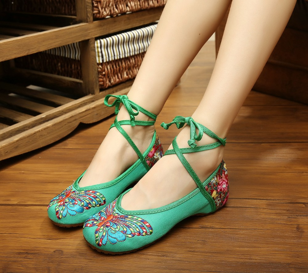 2017 Fashion Women Shoe Old Beijing Mary Jane Flats With Casual Shoes Chinese Style Embroidered