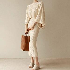 Image 2 - Conjunto de 2 piezas de punto para mujer, Tops holgados de manga de murciélago + falda ajustada, trajes de Jersey para mujer 2020