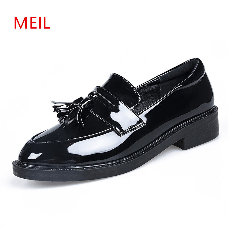 Loafers Women Leather Flat Shoes Women New Slip on Oxford Shoes for Women Flats Smooth Leather Pointed Oxford Shoes Square Heel 2016 the new leisure women pointed toes loafers leopard black gray female rivet flat shoes for women s shoes a24