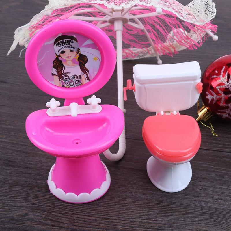 1Set Bathroom Furniture Accessories For Barbie Doll Toilet 1:6 Scale Dollhouse Furniture For Gilrs Doll (Random Color)