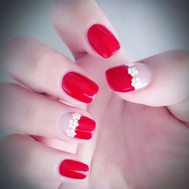 Elegant 24pcs/set red three small flower design finished false nails ...