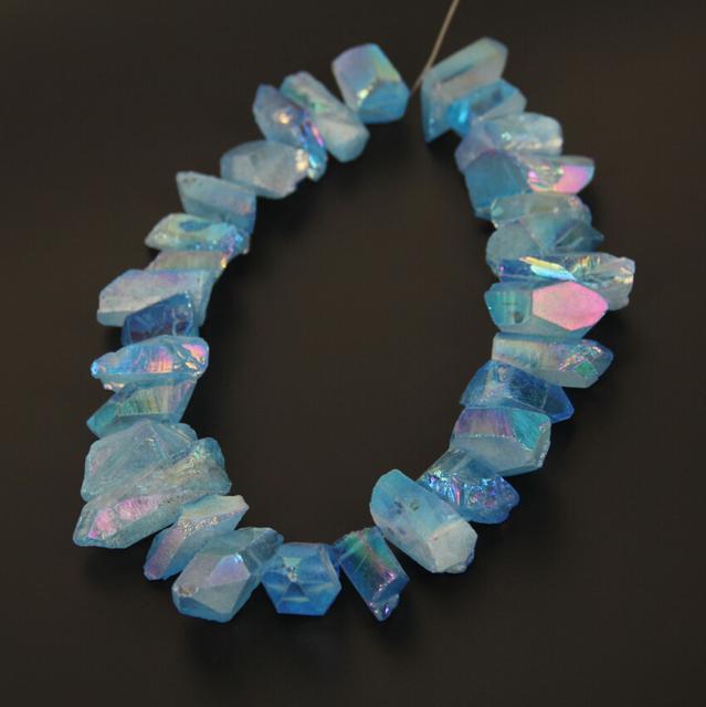 Grande áspero Natural de titanio azul perlas de la pepita de puntos suministros strand, tapa perforaron Rock cristales crudos pedazos del collar de la joyería