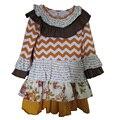 Новое поступление маленькие девочки горчица пирог римейк падают платье шеврон полосы с цветочный бутик оборками Chrildren одежда BT017